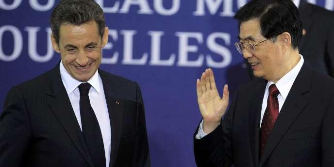 Les présidents chinois et français, à Cannes, mercredi soir.