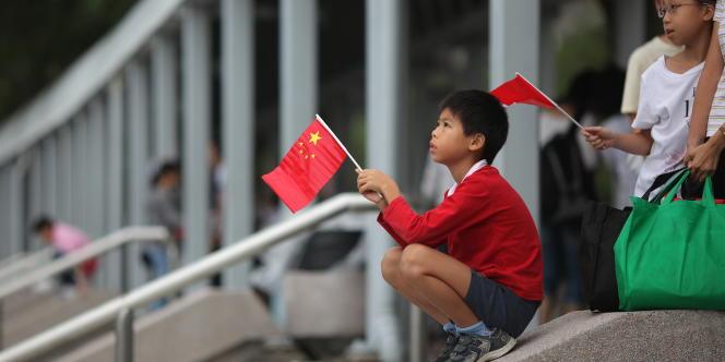 Un enfant à Hongkong le 1er octobre 2011, lors de la fête nationale chinoise.