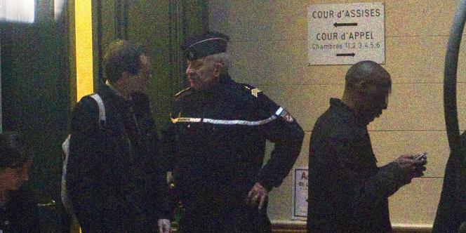 Le procès des sept policiers d'Aulnay-sous-Bois s'est ouvert devant la cour d'appel de Paris, le 2 novembre.