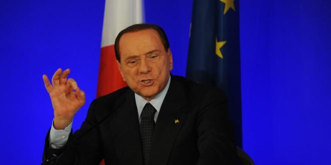 Silvio Berlusconi lors d'une conférence de presse de clôture du sommet du G20 à Cannes, le 4 novembre 2011.