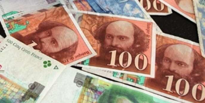 Les craintes d'un défaut de paiement ont fait s'envoler les taux à dix ans grecs, portugais, irlandais, italiens et espagnols.