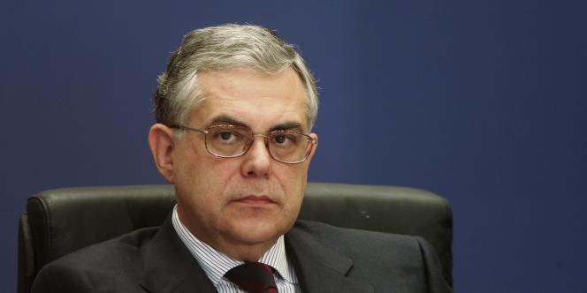 Lucas Papademos, 64 ans, était le favori des milieux d'affaires, des banquiers et des partenaires internationaux.