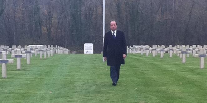 François Hollande a choisi de se rendre au Bois de la Gruerie, dans la Marne, à l'occasion des commémorations du 11-Novembre.