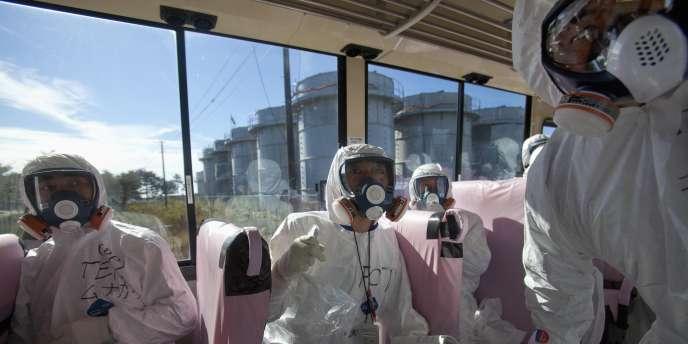 Pour la première fois depuis le tsunami qui a ravagé la région le 11 mars, les autorités japonaises ont ouvert, samedi, les portes de la centrale nucléaire de Fukushima à un groupe de journalistes afin de montrer au public que l'accident nucléaire est désormais sous contrôle.