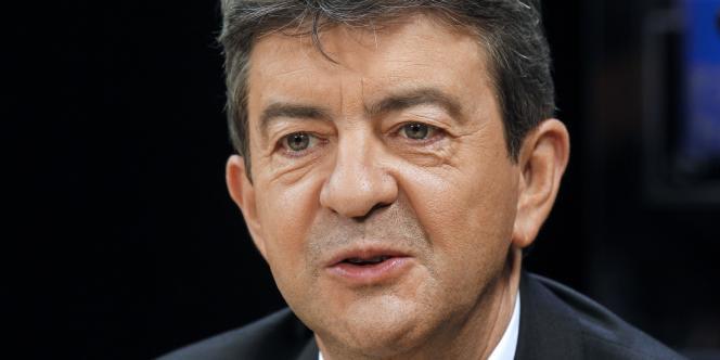 Sans relâche, Jean-Luc Mélenchon combat l'Europe, peste contre l'austérité, dénonce les ravages de l'euro, fustige la Banque centrale européenne.