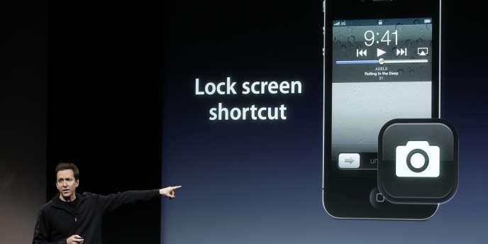 Présentation de l'iPhone 4S, le 4 octobre 2011, à Cupertino, en Californie.