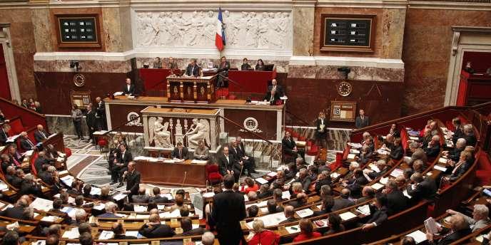 Depuis 2008, le Parlement se réunit au bout de quatre mois pour approuver la prolongation d'une intervention militaire française.