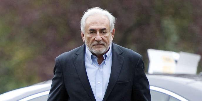 Dominique Strauss-Kahn, le 9 octobre, à Sarcelles.