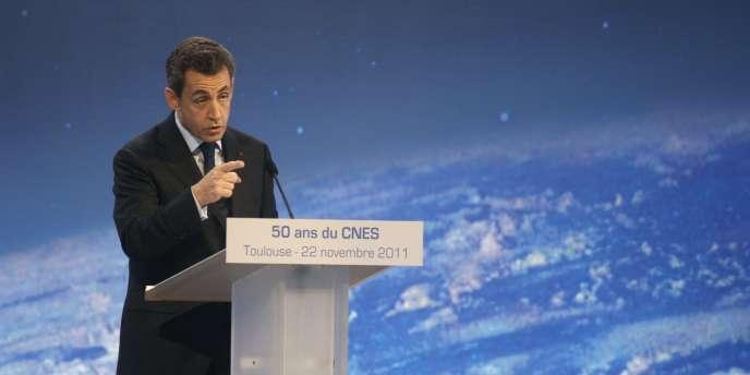 Le président de la République a réagi sur l'accord PS-Verts à Toulouse, mardi 22 novembre, lors des 50 ans du Centre national d'études spatiales.