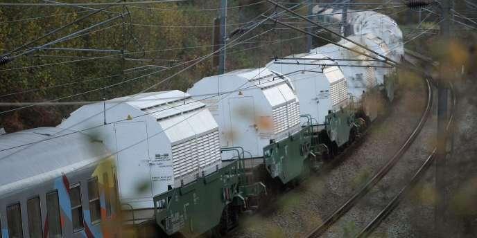 Au moment du déraillement, aucun transport d'uranium n'était en cours. Ici, un convoi nucléaire en Normandie, en novembre 2011.