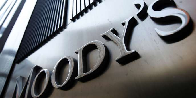 Le 19 novembre 2012, l'agence de notation Moody's avait retiré la note AAA de la France.