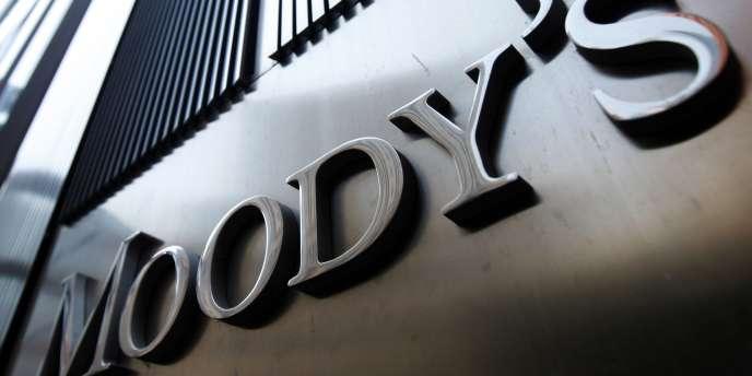 L'agence de notation Moody's Investors Service a revu une nouvelle fois à la baisse sa prévision de croissance pour la France.