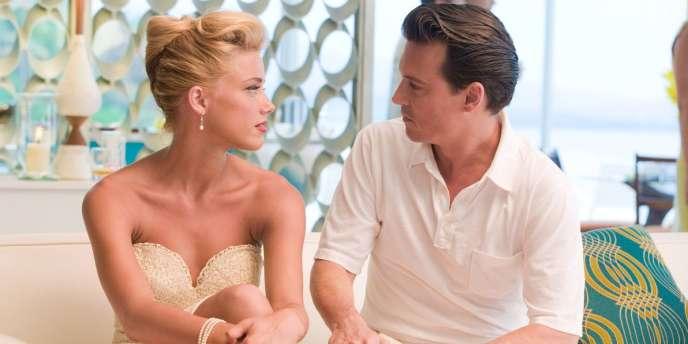 Amber Heard et Johnny Depp dans le film américain de Bruce Robinson,