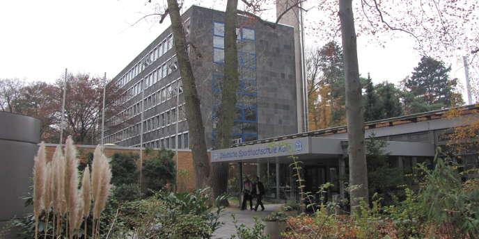 L'Université du sport de Cologne jouit d'une renommée internationale dans les domaines des sciences du sport de la pratique sportive.