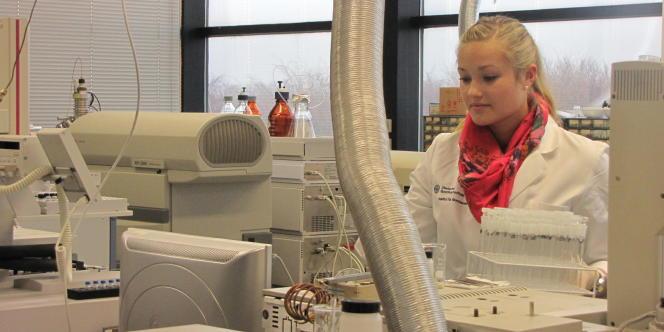 Chaque machine est dédiée à la vérification de la présence ou non d'une substance particulière.