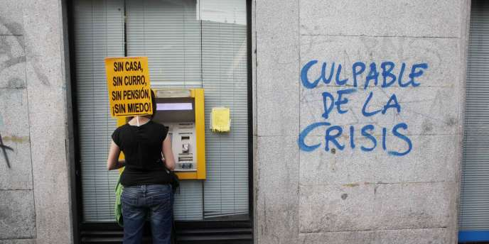 Le gouvernement espagnol s'est engagé à réduire son déficit budgétaire pour atteindre 6% du PIB en 2011 puis 3% en 2013, après 9,3% en 2010.