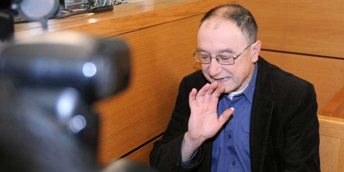Pierre-Etienne Albert, ancien frère de la communauté des Béatitudes, est accusé d'avoir commis des agressions sexuelles sur des enfants de 5 à 14 ans, entre 1985 et 2000.