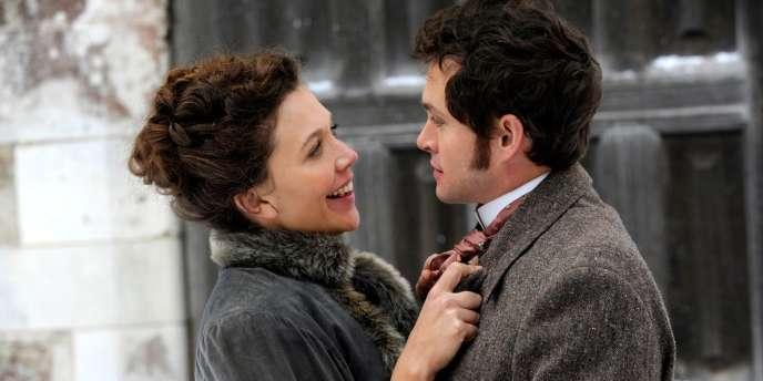 Maggie Gyllenhaal et Hugh Dancy dans le film britannique de Tanya Wexler,