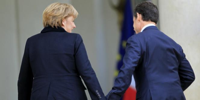 Angela Merkel et Nicolas Sarkozy, le 5 décembre 2011 à l'Elysée.