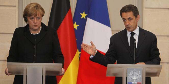 Nicolas Sarkozy et Angela Merkel le 5 décembre 2011, à l'Elysée.