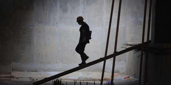 L'indice de confiance économique s'est inscrit à son plus bas niveau en près de trois ans au mois d'août, avec un recul particulièrement marqué dans le secteur de la construction.