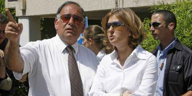 Le maire d'Haïfa Yona Yahav en compagnie de Tzipi Livni, le 26 juillet 2006.