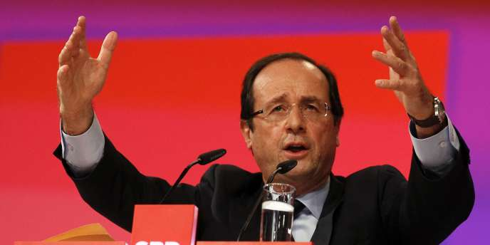 François Hollande à Berlin, le 5 décembre 2011.