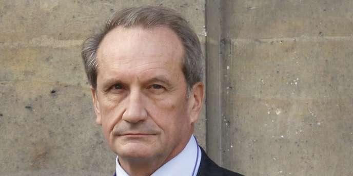 Gérard Longuet, ministre de la défense, à Paris, le 1er mars 2011.