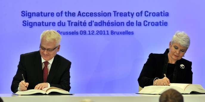 Ivo Josipovic et Jadranka Kosor à Bruxelles, le 9 décembre.