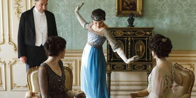 Downton Abbey, un immense succès en Angleterre, débarque en France sur TMC.
