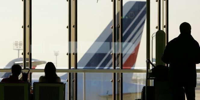 Comme pour sa maison mère, Hop ! devra appliquer les mesures du plan industriel Transform 2015 d'Air France, soit 15 % d'économies et de productivité supplémentaires.