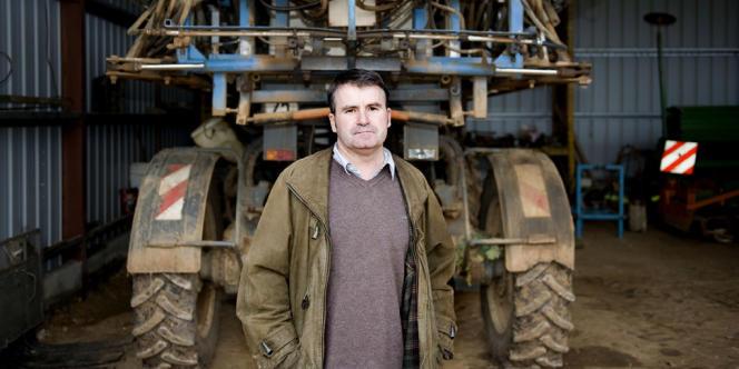 Paul François, céréalier charentais victime des pesticides, a fait condamner Monsanto en première instance au TGI de Lyon, lundi 13 février.