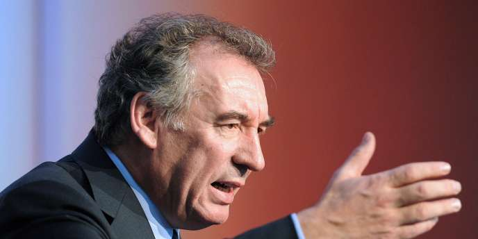 Francois Bayrou, le 10 décembre 2011 à Pau.