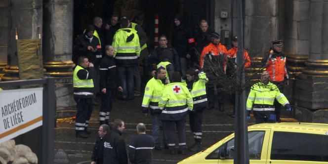 L'attaque meurtrière a eu lieu place Saint-Lambert, à Liège, vers midi.