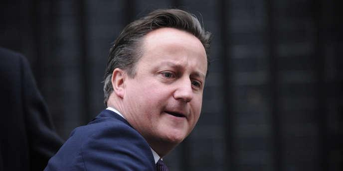Le nombre d'emplois publics a chuté de 67 000 durant l'été, dans le cadre du plan d'austérité mis en œuvre par le gouvernement du premier ministre conservateur, David Cameron.