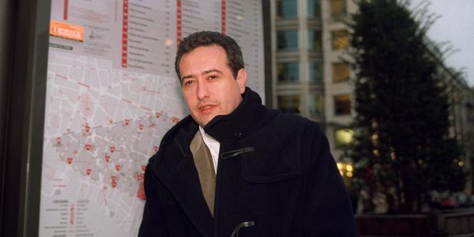 Dominique Tiberi, contrôleur général économique et financier à Bercy et adjoint au maire du 5e arrondissement, chargé des commerçants, du sport et de la jeunesse.