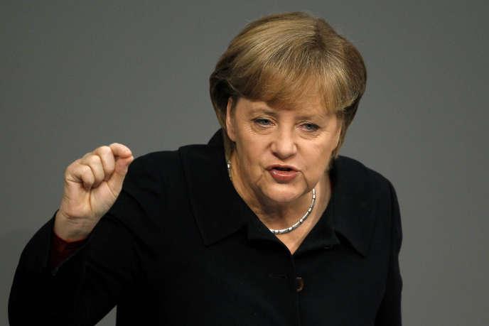 Pour Angela Merkel, la nouvelle réglementation pénaliserait les constructeurs d'outre-Rhin.