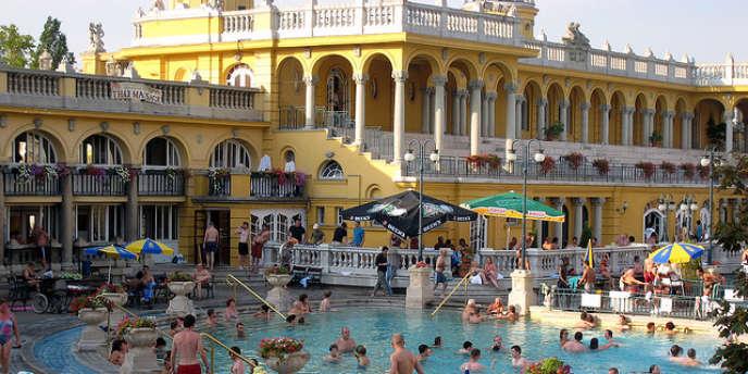 Les bains de Széchenyi, à Budapest