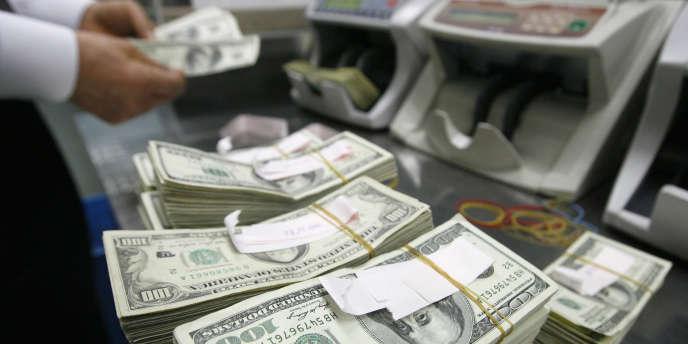 la Banque des règlements internationaux (BRI) impose aux banques dites « systémiques » des réserves supplémentaires en capital de 1 % à 2,5 %. Ces chiffres sont-ils fondés ? Non, car le risque que l'on cherche à évaluer dépasse les frontières du hasard apprivoisé.