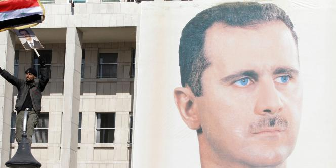 Niant la réalité d'un mouvement de contestation qui n'a cessé de s'étendre, le président syrien continue de se présenter en utime