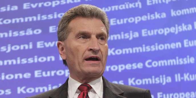 Le commissaire européen chargé de l'énergie, Günther Öttinger, confie dans un entretien accordé au journal Le Monde :