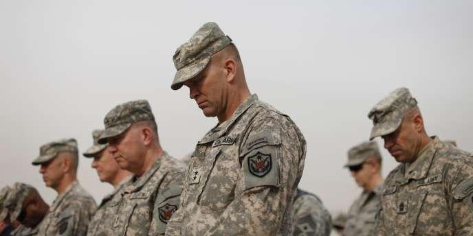 Lors du déclenchement de l'opération, quelque 150 000 soldats américains étaient déployés en Irak.