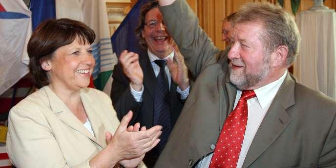 Martine Aubry et Jean-Pierre Kucheida, député et maire de Liévin (Pas-de-Calais) en juin 2008, avant que la maire de Lille devienne première secrétaire du Parti socialiste.