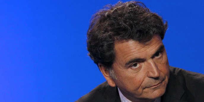 Pierre Lellouche, le secrétaire d'Etat chargé du commerce extérieur, avait laissé entendre, en août 2011 que le déficit commercial de la France pourrait atteindre 75 milliards d'euros.