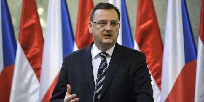 Le premier ministre tchèque Petr Necas lors d'une conférence de presse à Budapest, le 15 décembre 2011.