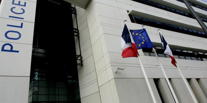 Le réseau est soupçonné d'avoir contraint en deux ans une centaine de jeunes Roumaines à se prostituer en bordure de routes, essentiellement entre Narbonne et Béziers.