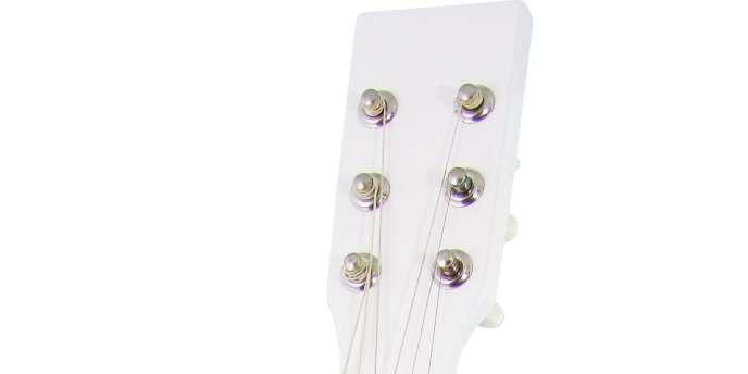 Guitare Vilac, Conran Shop. 29 €.