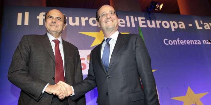 François Hollande avec Pier Luigi Bersani, secrétaire du Parti démocrate italien, le 16 décembre à Rome.