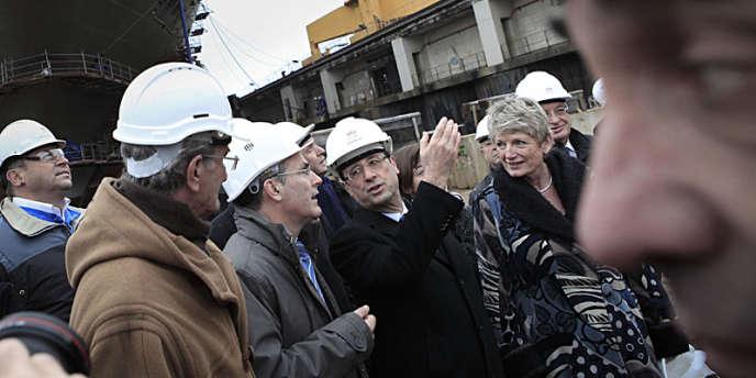 François Hollande, au chantier STX à Saint-Nazaire, lundi 19 décembre.