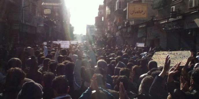 Manifestation à Damas contre le régime du président Bachar Al-Assad, le 19 décembre.